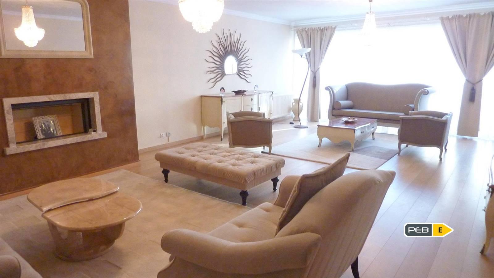 Lumineux appartement de 158 m² au centre de Braine-L'Alleud