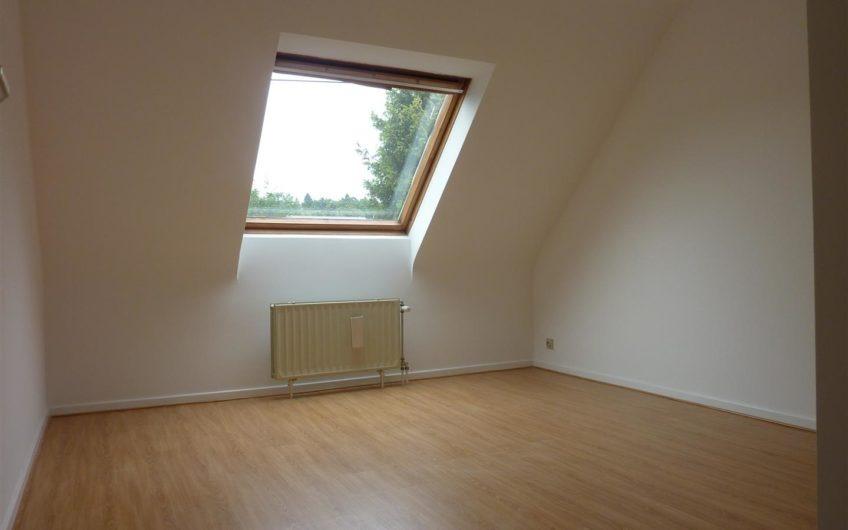 Maison RENOVEE (2019), 4 chambres et 2 sdb à Genval (Papeteries)